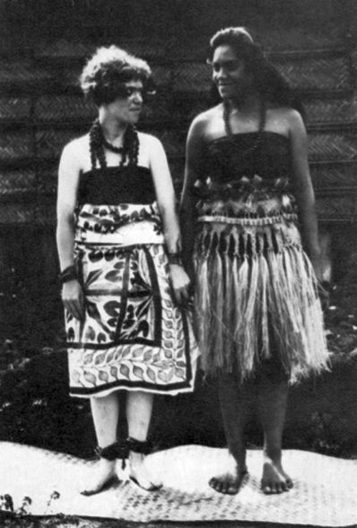 01 mead-and-samoan-woman